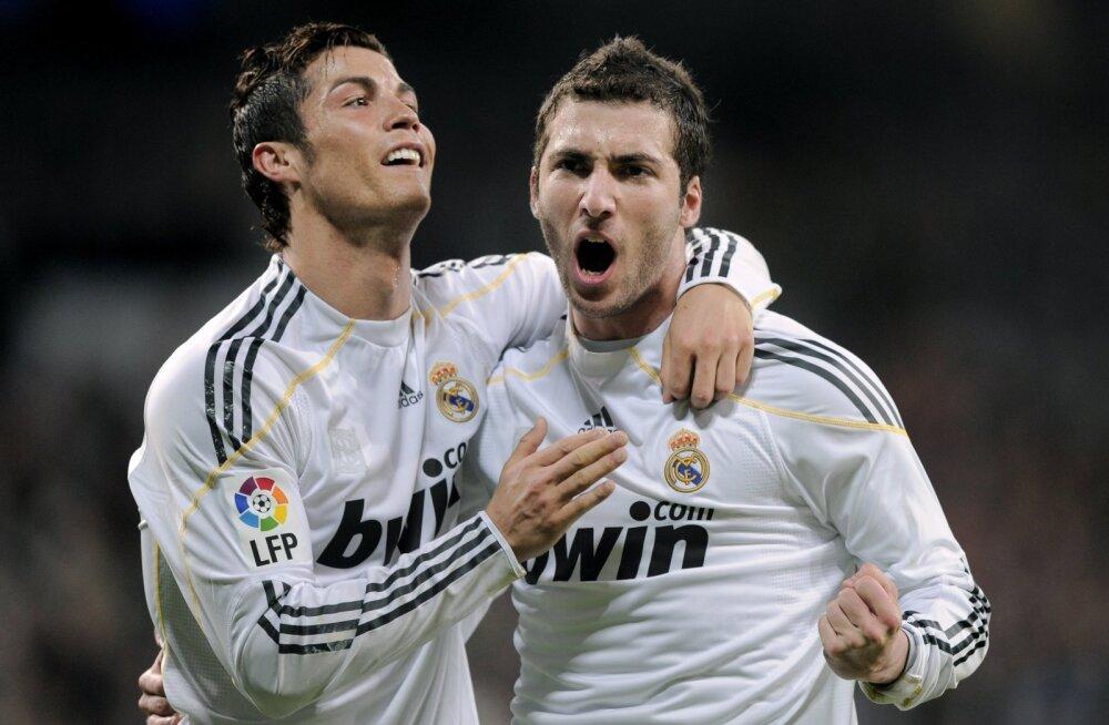 Cristiano Ronaldo ja Gonzalo Higuain