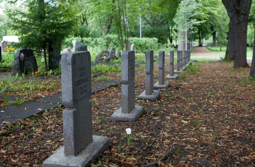 Filtri tee sõjaväekalmistu