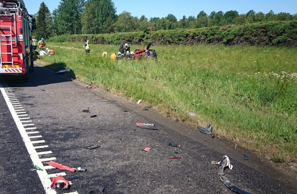 Liiklusõnnetus Tallinn-Narva maanteel.