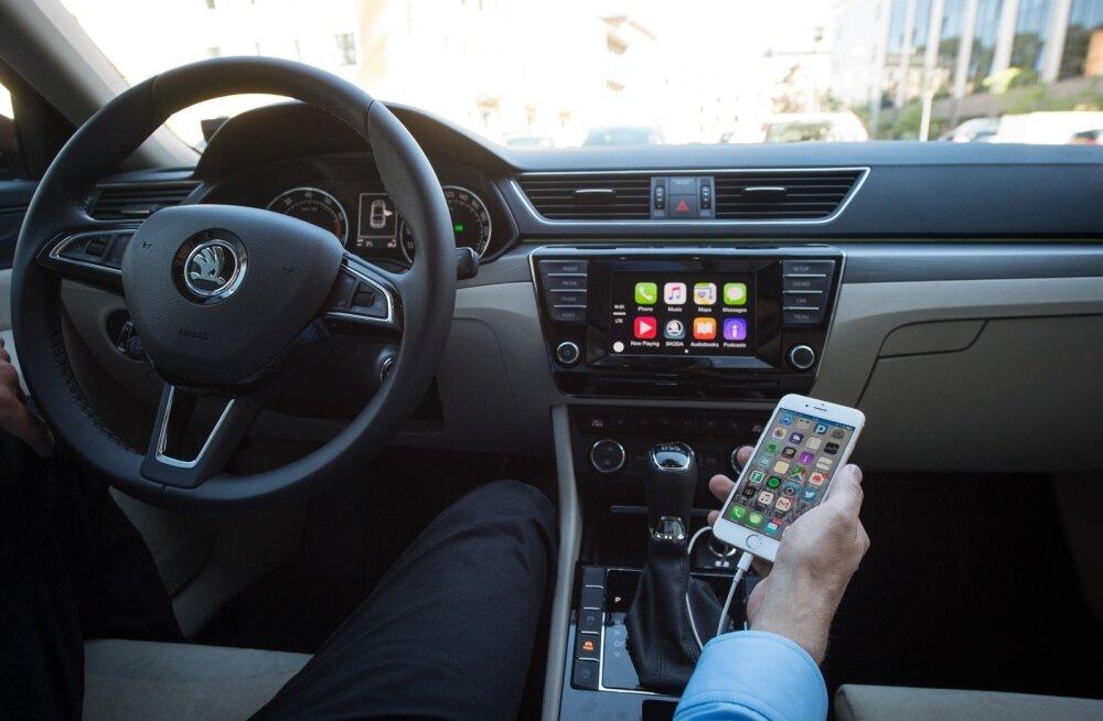 Apple CarPlay uues Škoda Superb autos