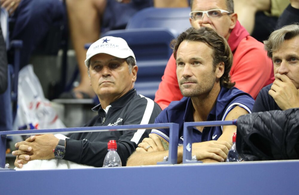 Toni Nadal (vasakul)