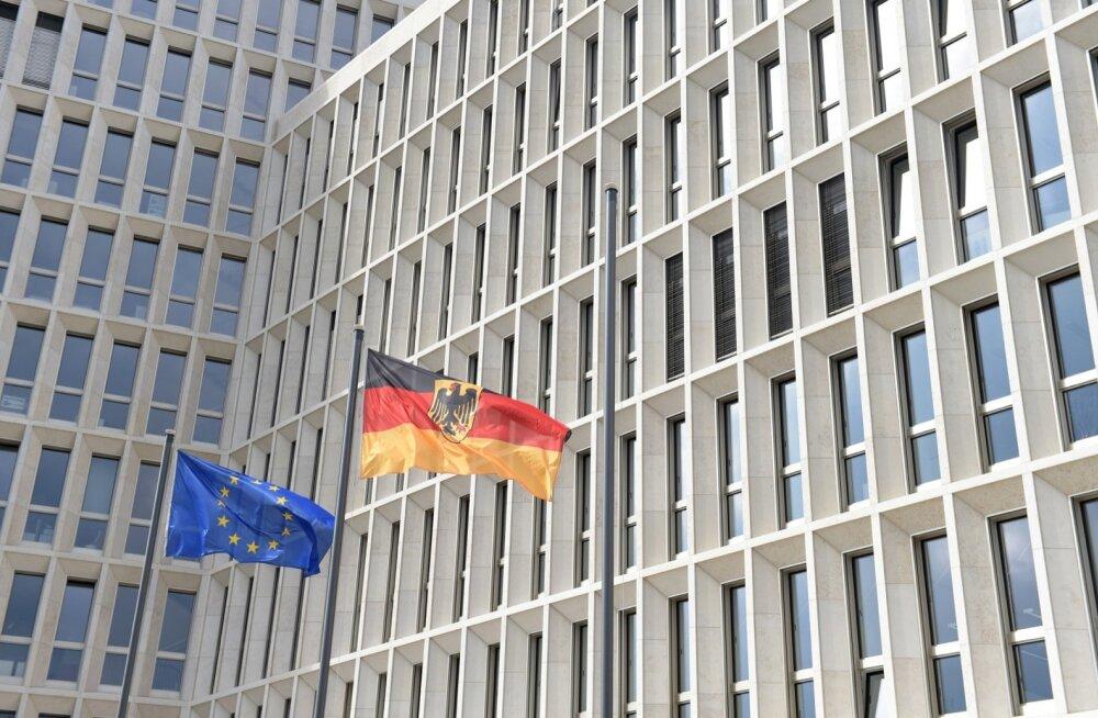 Saksa siseministeeriumi tuliuue hoone tualettidest varastati kraanid ja prilllauad