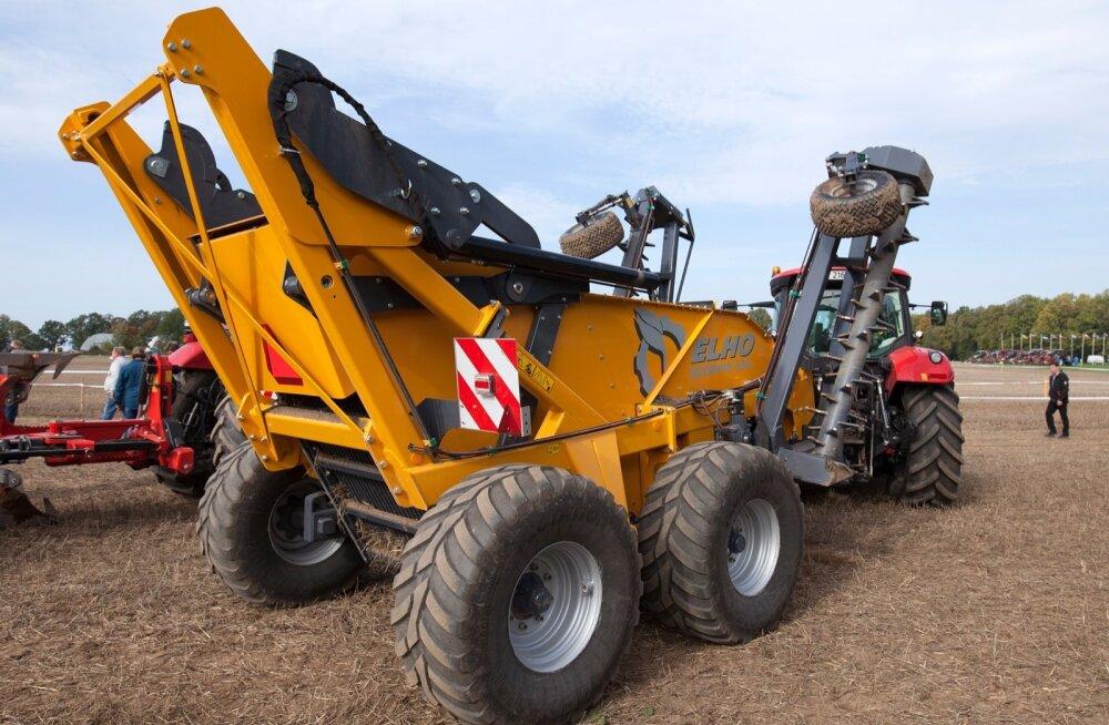 Elho Scorpio 550 kivikoristajat prooviti Olustvere põllupäevadel. Efektiivseks muudab selle masina hüdrauliline ajam, sest erinevalt kardaanülekandest saab hüdromootorit nii edas- kui tagurpidi tööle panna ja masina vabastamine kinnikiilunud kividest käib