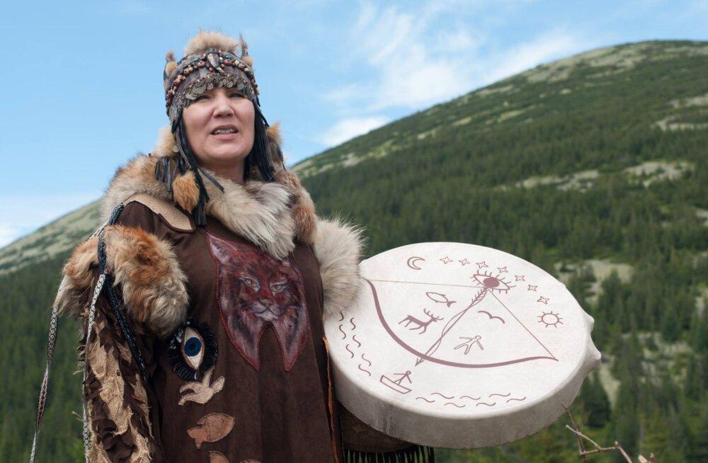 Siberi šamaan Alla Gromova ehk Altai Ilves: kõik meie ümber on elav