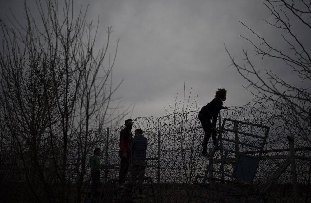 Euroopa Liidu välisjuht põgenikele Türgi-Kreeka piiril: Euroopa uksi ei avata