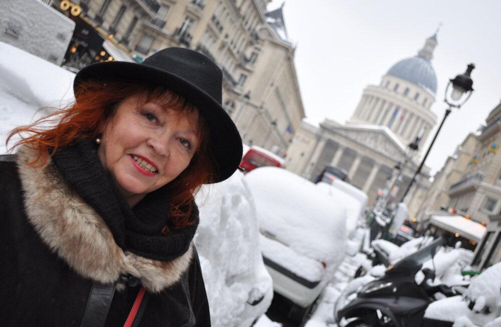 37 aastat Pariisis elanud Ene Rämmeld: mu ilusamad näitleja-aastad läksid kaduma, sest võitlesin aastaid, et lapsega Eestist välja saada