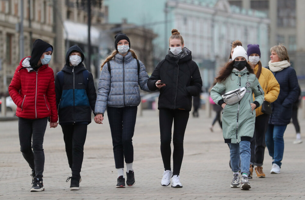 В России более 50 тысяч человек находятся на контроле из-за коронавируса
