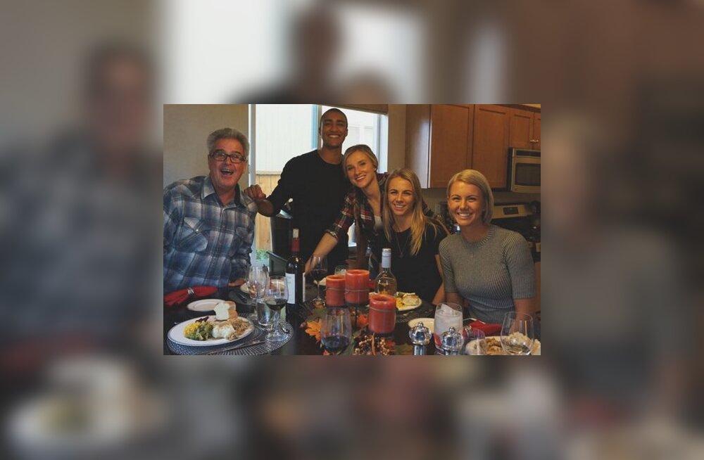 FOTO: Õed Šadeikod õhtustasid tänupühal koos Ashton Eatoniga