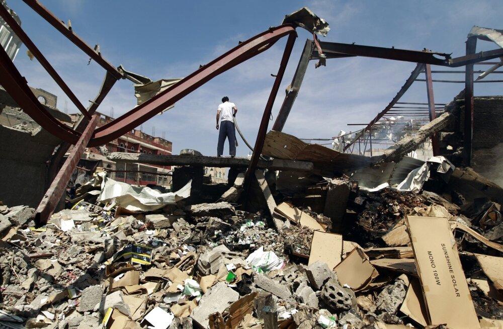 Piirideta Arstide teatel pommitas saudide juhitud koalitsioon nende haiglat Jeemenis