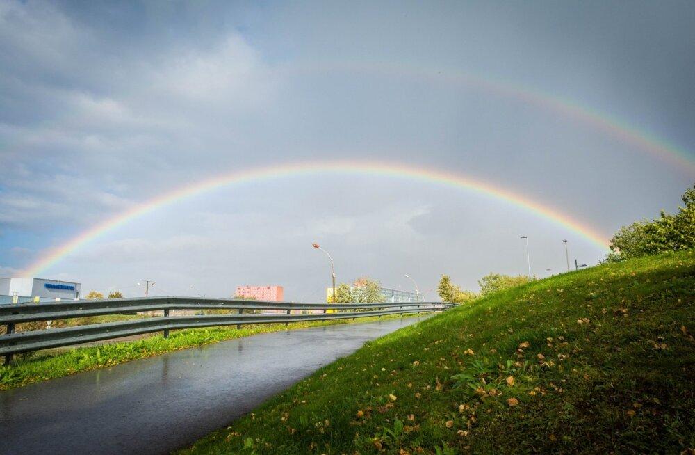 ФОТО читателей Delfi: Переменчивая субботняя погода разукрасила небо радугой