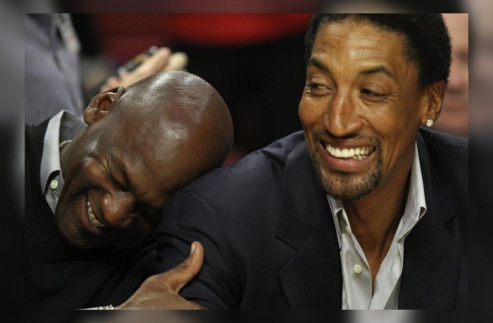 Michael Jordan ja Scottie Pippen mullu veebruaris Bullsi-Bobcatsi mängul