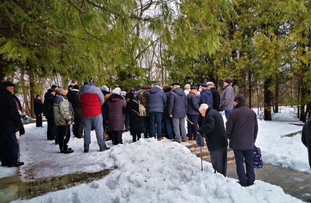 ФОТО читателя Delfi: Таллинские ветераны почтили память погибших в Мерикюласком десанте 75 лет назад