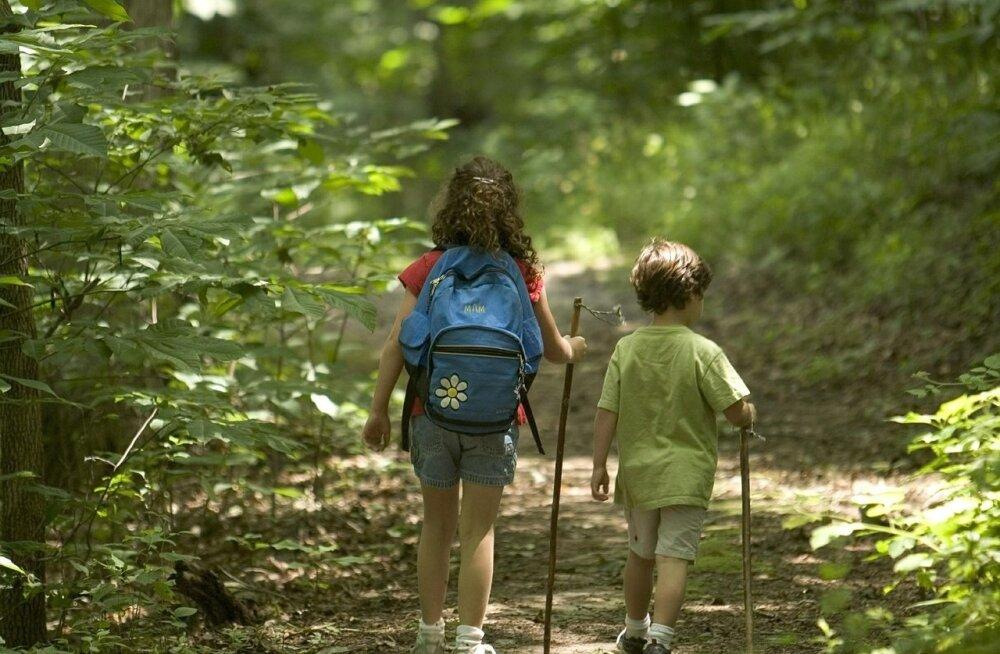 Kõige pisem otsustab: seitse soovitust lastega reisijaile