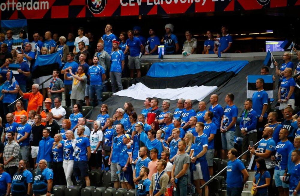VIDEO | Rahvusvaheline võrkpalliliit kutsus tulihingelised Eesti fännid EM-i finaali vaatama