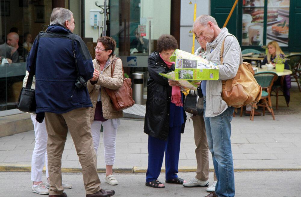 Мэр Вильнюса провел экскурсию по городу для туристов