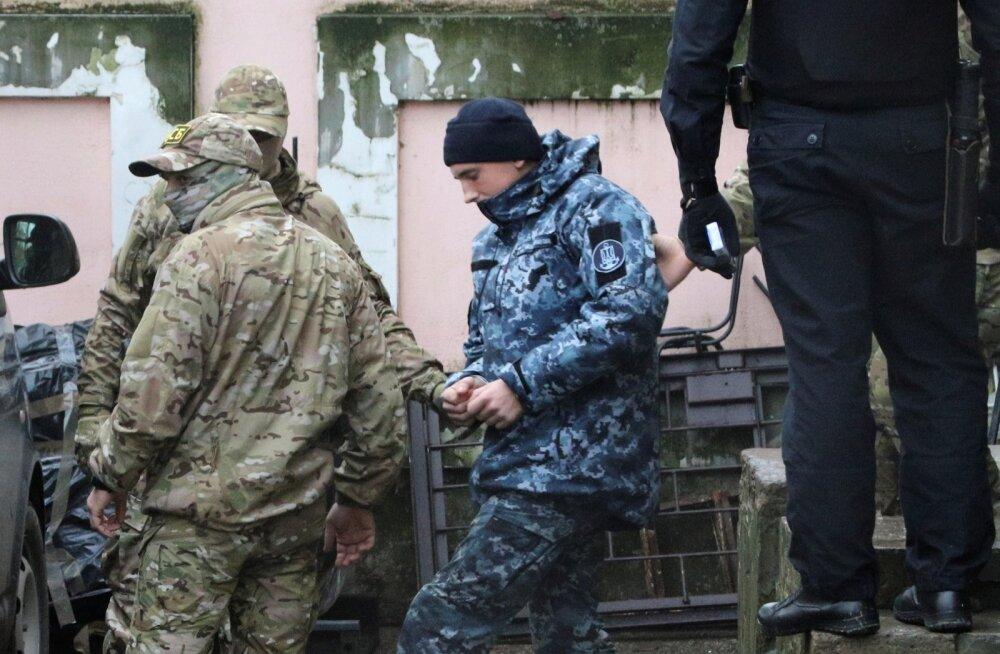 Venemaa vahistatud Ukraina meremehed viidi üle Moskvasse