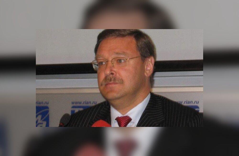 Медведев назначил Косачева главным по соотечественникам, проживающим за рубежом