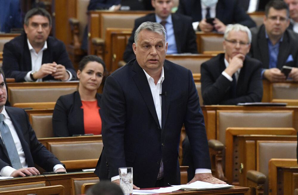 Ungari peaminister Viktor Orbán sai parlamendilt tähtajatud erivolitused