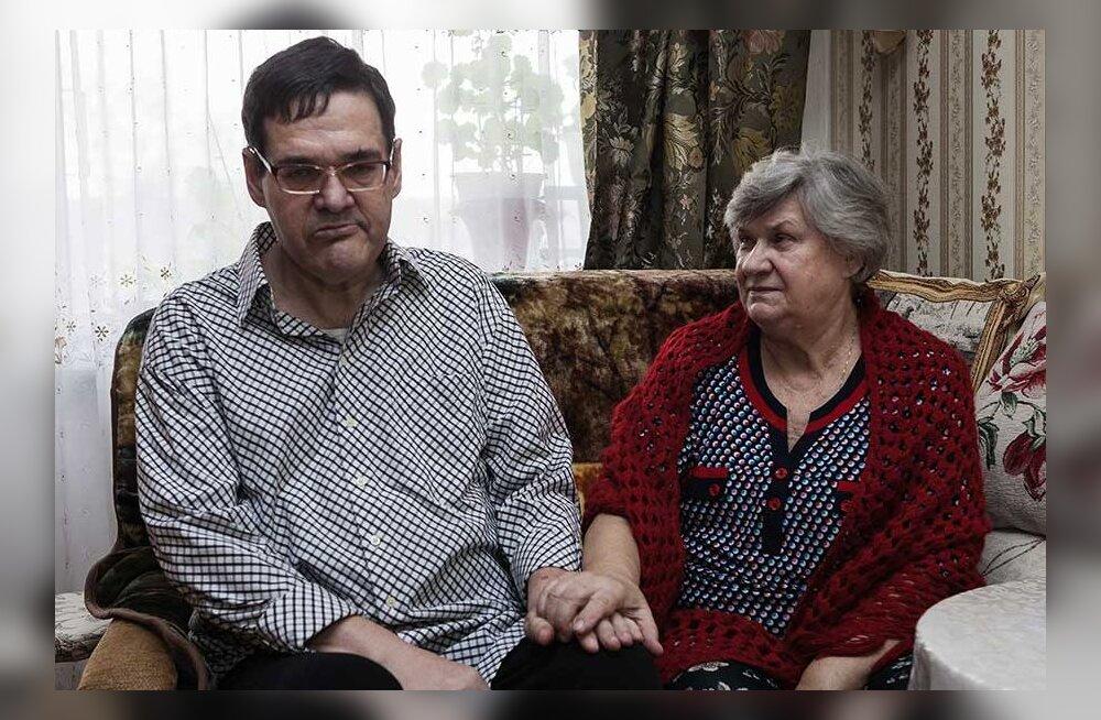 Ситуация с домами по уходу плачевная: мать инвалида ждала очереди 10 лет — пока сын в итоге не умер