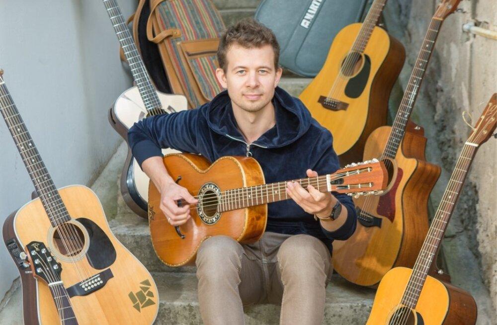 Jalmar Vabarna ja kitarrid