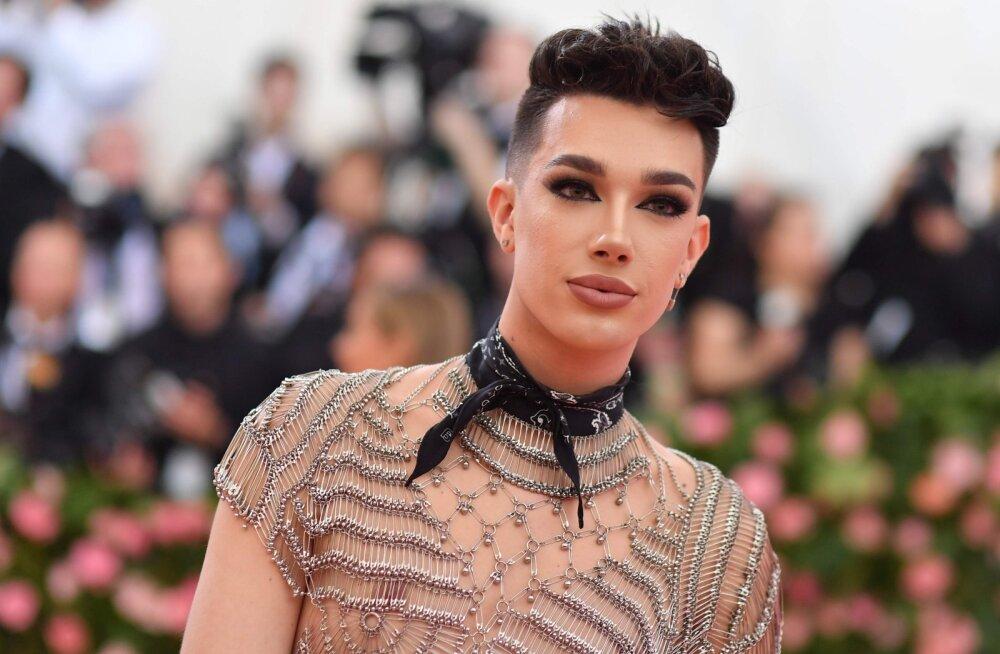 Unustage meigitud naised! Maailmas löövad laineid meestest make-up gurud