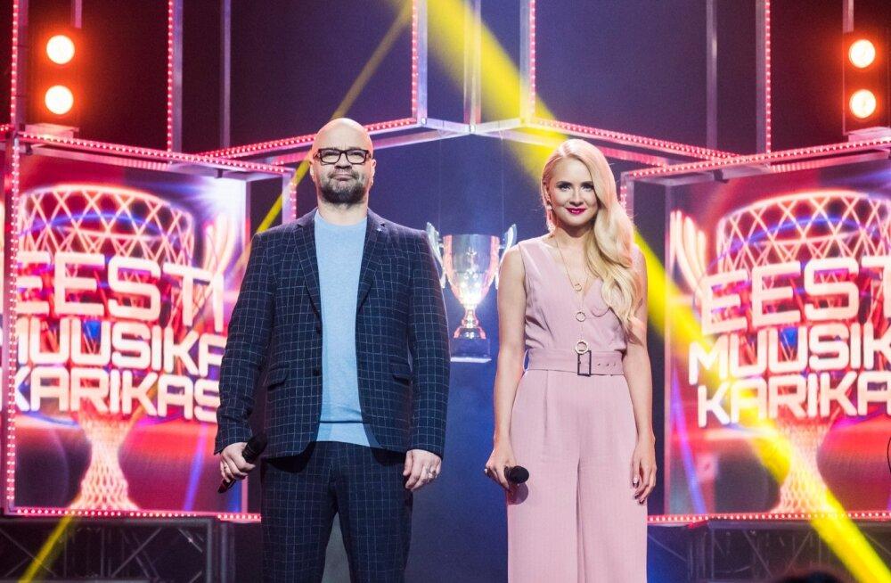 """""""Eesti muusika karika"""" saatejuhid Mihkel Raud ja Brigitte Susanne Hunt."""