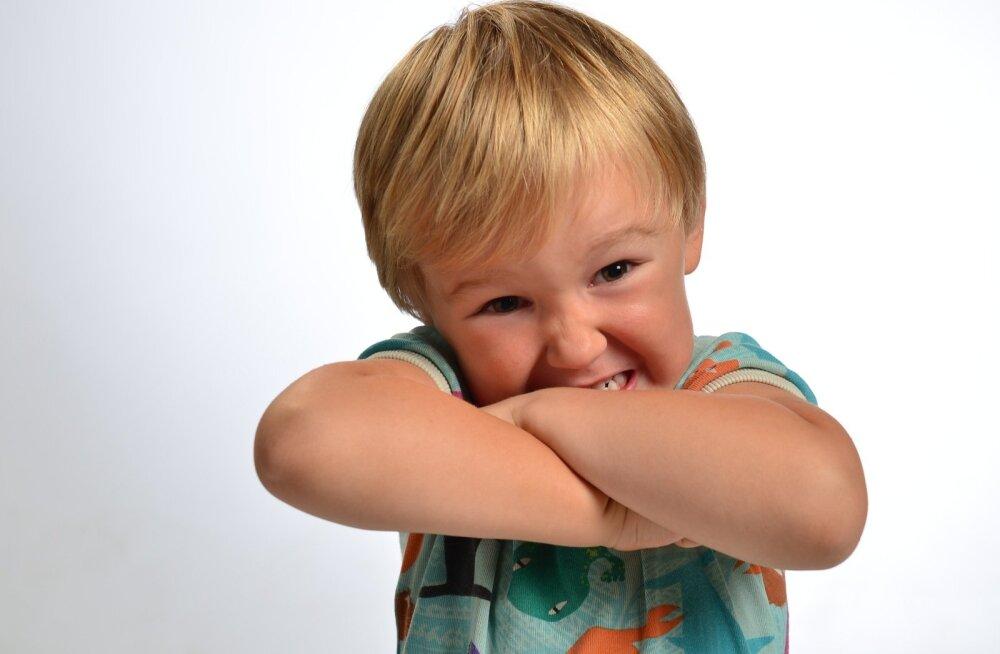 Что делать с ребенком, который ведет себя плохо?