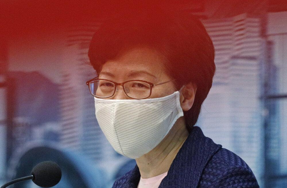 Hongkongi juht, kel pole pangaarvet, hoiab kodus hunnikute viisi sularaha