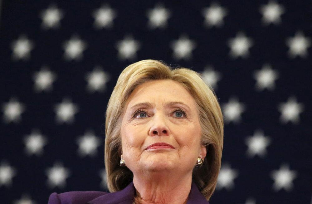 Hillary Clinton seab kahtluse alla FBI otsuse taasalustada tema e-kirjade uurimist