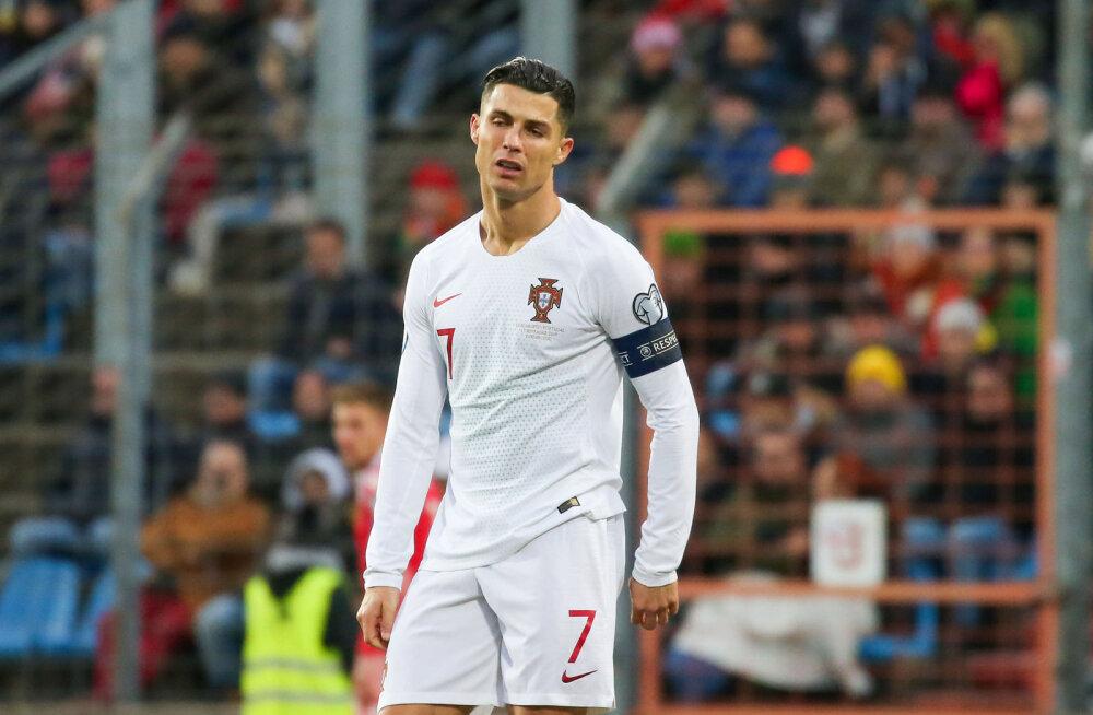 FIFA karm otsus: tänavu maailma parimat jalgpallurit ei valita