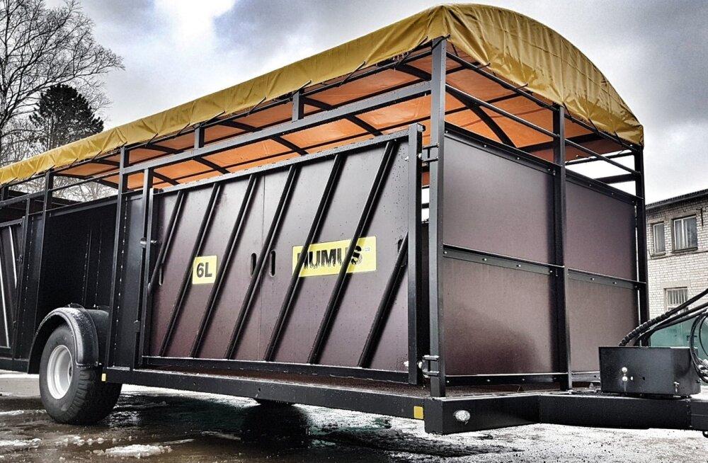 Paide masinatehas on valmistanud uut tüüpi loomaveohaagise, mille seinu saab kasutada ka luukidena.