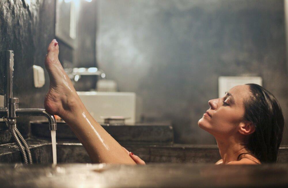 Suurepärane kaalulangetusnipp: vannis nautlemine võib põletada sama palju kaloreid kui 30minutiline jalutuskäik