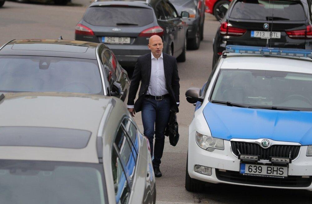 """Петтай намерен востребовать с центристов более миллиона евро: """"счетчик"""" уже тикает"""