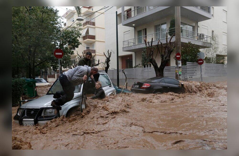 Äikesetorm vallandas Ateenas kaose