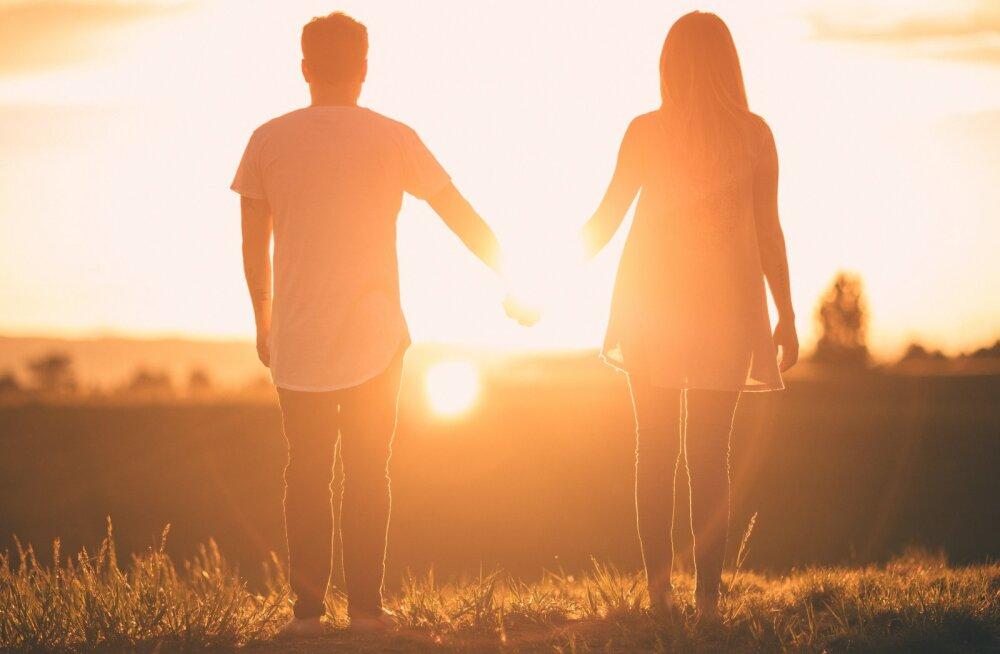 Suhtenõustaja paneb kõikidele lapsevanematele südamele: lapsed ei ole MITTE KUNAGI tähtsamad kui su abikaasa!