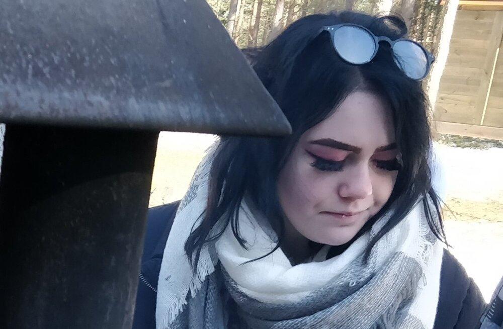FOTO   Politsei otsib Tallinnas kadunud 15-aastast Annabel Lisandrat