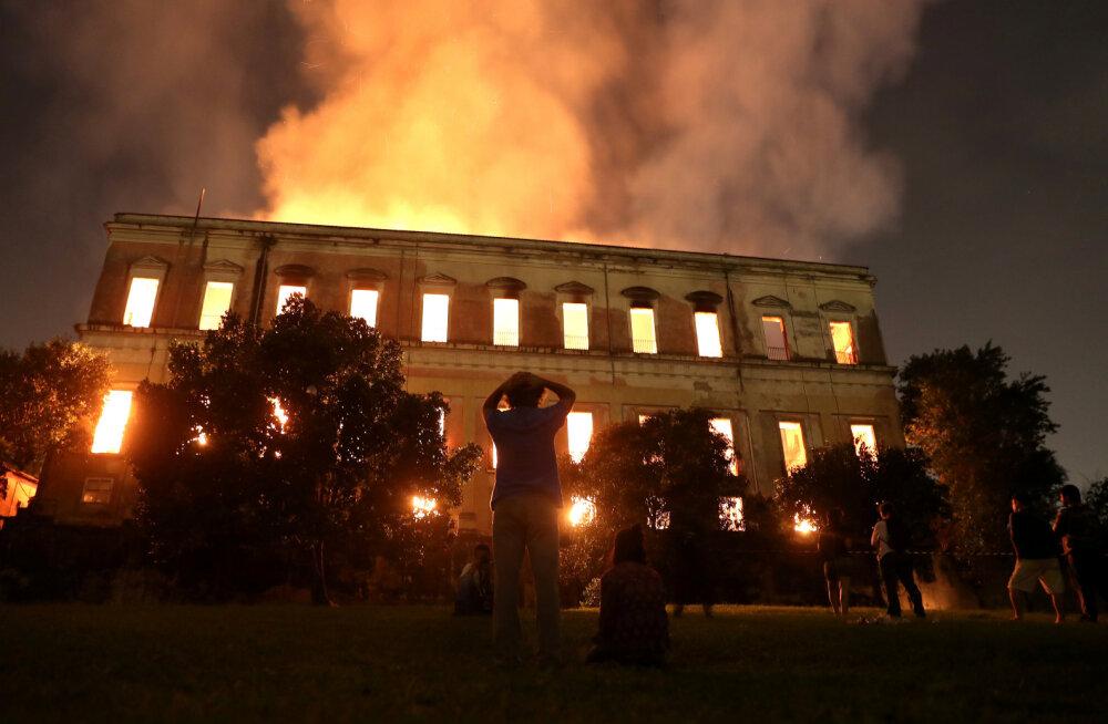 Brasiilia rahvusmuuseumi tulekahjus hävisid mitmete maailma paikade muistised