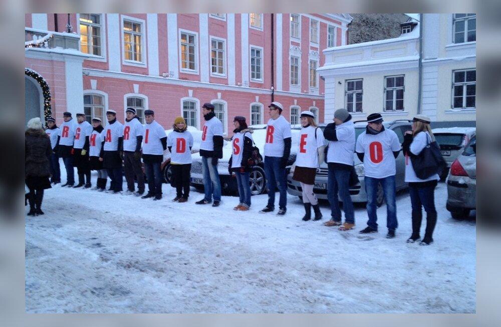 FOTOD: Üliõpilased avaldavad Toompeal arvamust