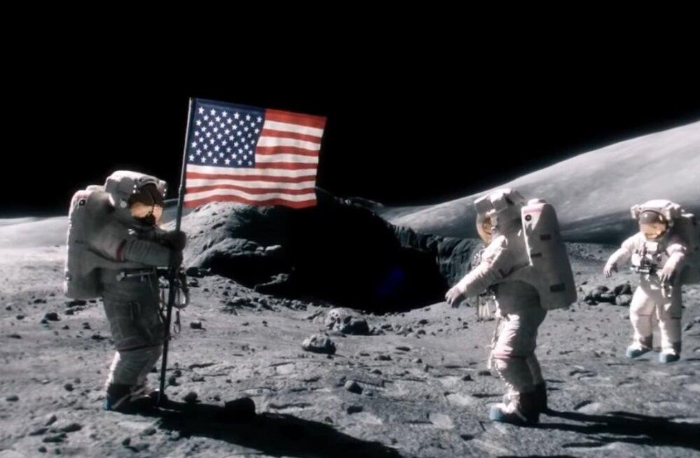"""""""Вы все врете!"""" Половина россиян не верит, что американцы высаживались на Луне"""