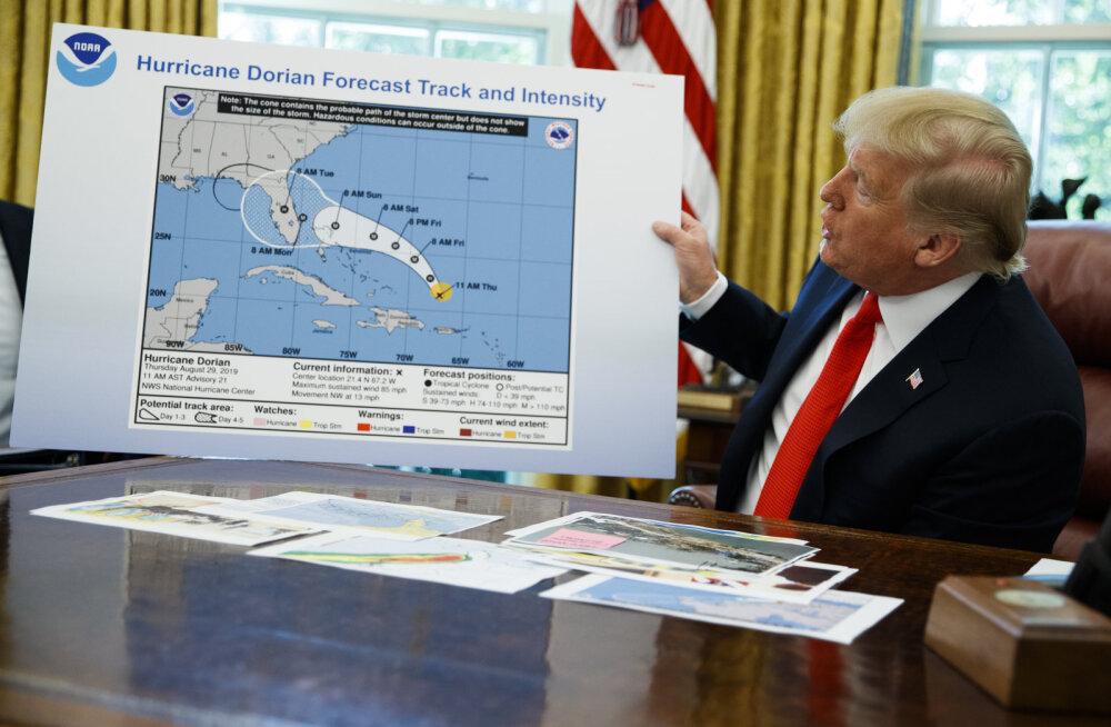 Trump on korduvalt väitnud, et orkaan Doriani teele jääb ka Alabama – oma sõnu tõestas ta markeriga parandatud kaardiga