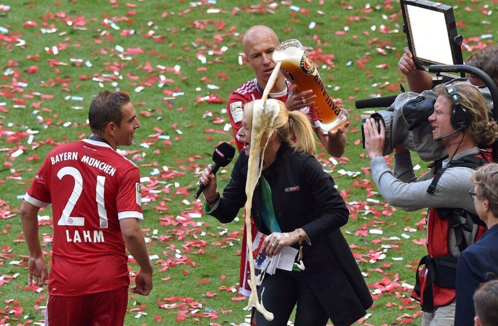 Arjen Robben kallab naisreporterile pähe kesvamärjukest