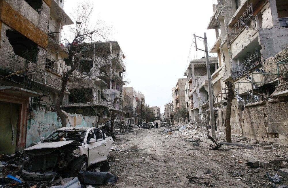 Venemaa teatas humanitaarpausidest Ida-Ghouta pommitamises Süürias