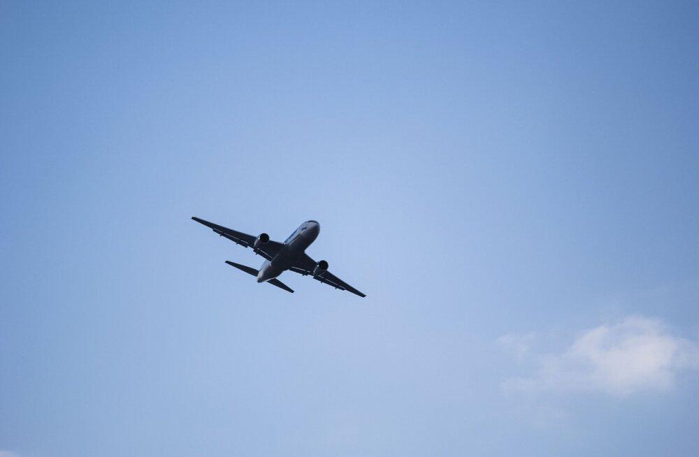 ВИДЕО: После вылета из Лос-Анджелеса загорелся Boeing с сотнями пассажиров на борту