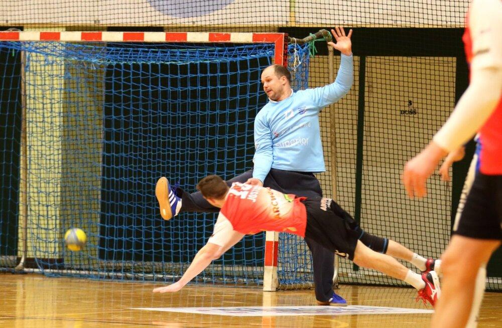 Väravavahi Hannes Hapsalo panusega viimastes voorudes jäi HC Kehra/Primendi peatreener Janar Mägi väga rahule
