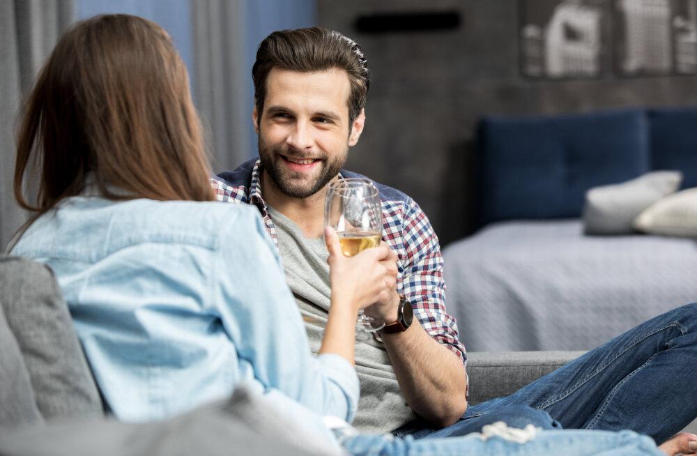 Naisteka lugeja: ütlen ausalt, mul ei pilguks silm ka, kui saaks võõraste naistega vahekorras olla