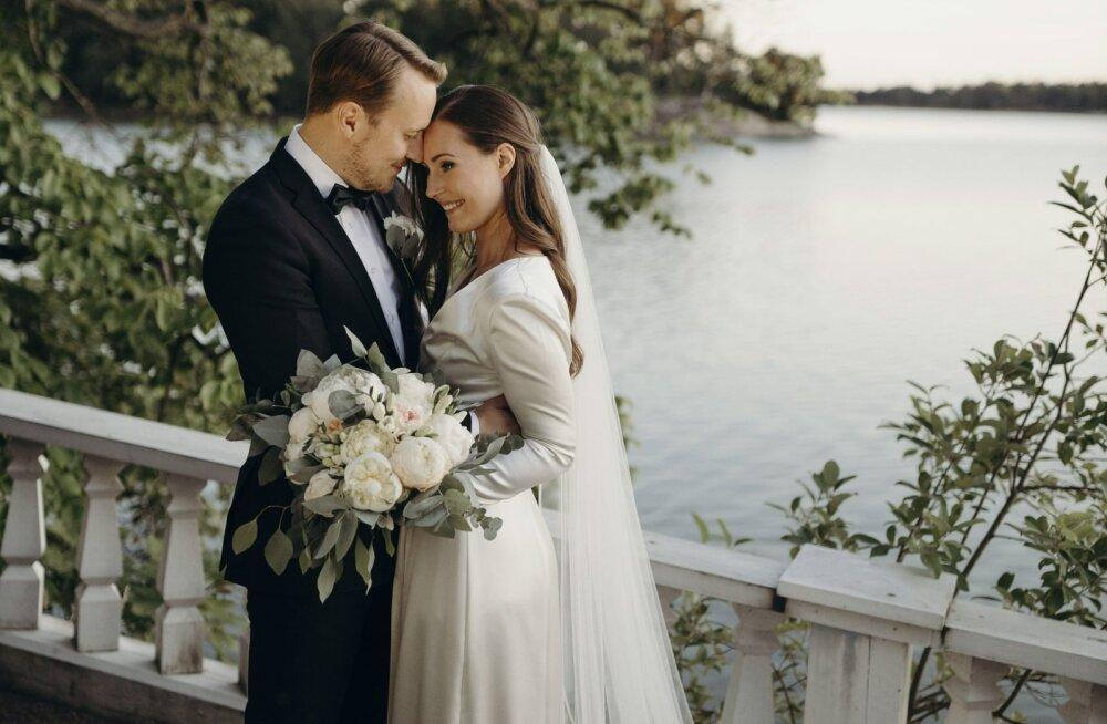 ENNE JA NÜÜD FOTOD | Soome peaminister Sanna Marin kandis oma pulmas kleiti, mida ta oli juba kaks aastat varem kandnud