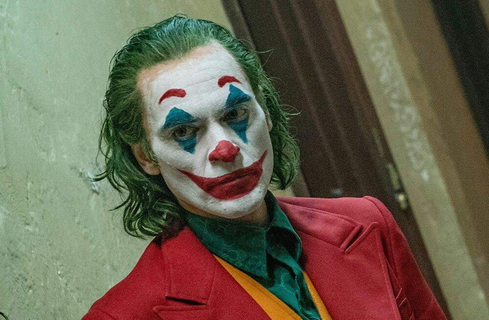"ARVUSTUS | Väga häirivat ja mõtlemapanevat ""Jokkerit"" ei tasu kinodes mitu korda vaadata"