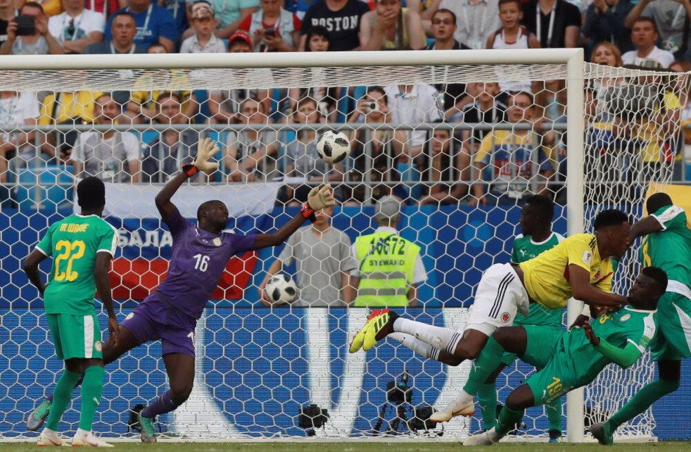 Kolumbia lööb Senegalile värava