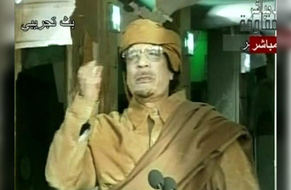 Gaddafi: jätkan võitlust ja olen valmis märtrina surema
