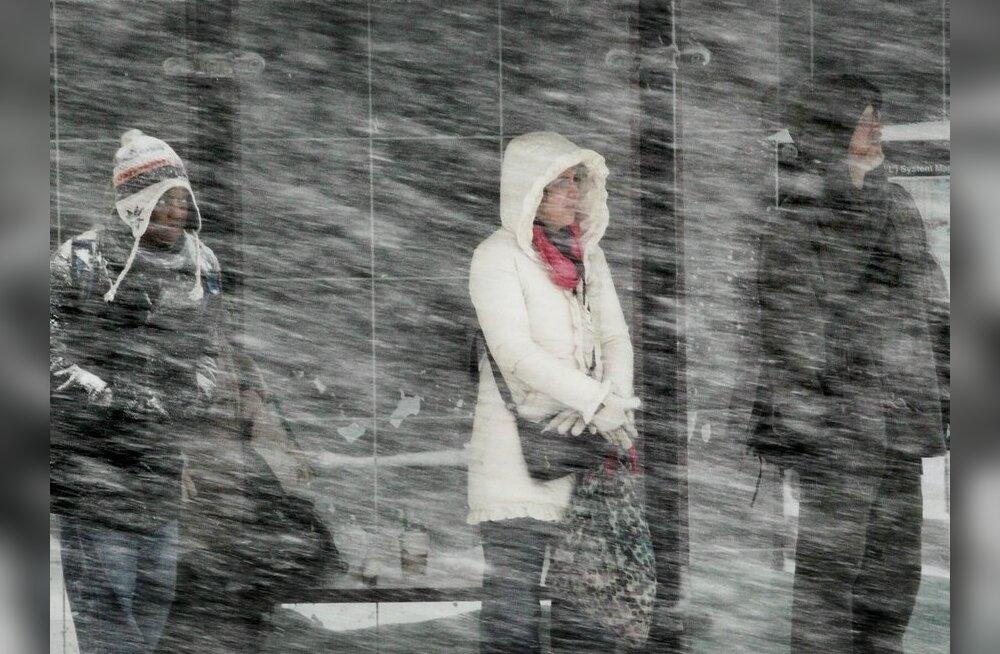 Põhjamaid räsib tugev lumetorm, tuul kuni 28 m/s